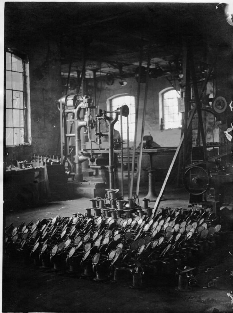 1920 Innenaufnahme Holter Eisenhütte 1 red a